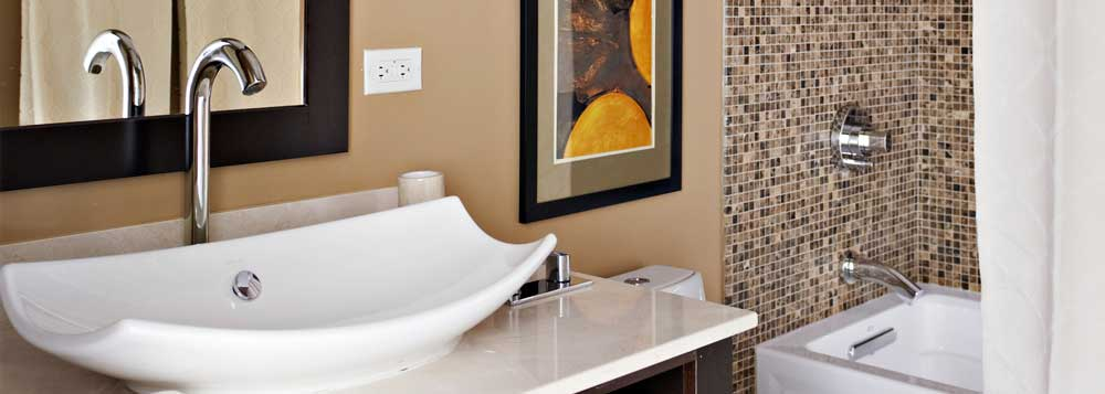 Bathroom Sink, Faucet & Tub